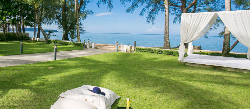 x2resort-khao-lak-anda-mani-05-beach